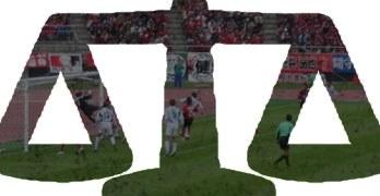 Fotbollsmatch i vågskål